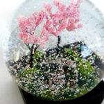 cool-snow-globe-spring